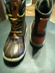 Charles duck boots