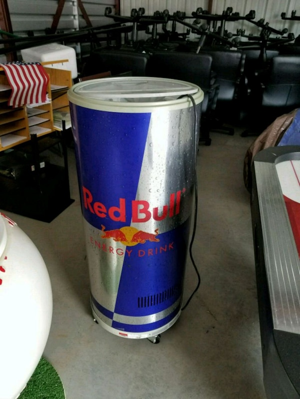 4a136bd1563 Used Red Bull Cooler for sale in Cumming - letgo