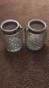 two gray metal candle holders Baltimore, 21212