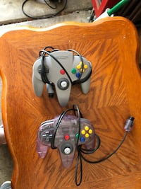 Black and gray game controller Rohnert Park, 94928
