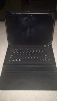 Samsung Galaxy tablet  with keyboard case 49 km