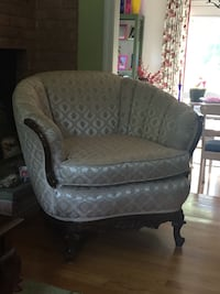 gray and white floral sofa chair Gaithersburg, 20878
