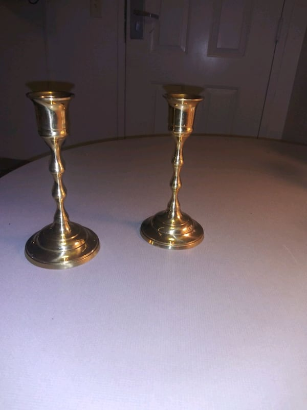 Brass Candle Holders 648b3ee1-6b1a-427d-9e5b-f9ab49293ddb