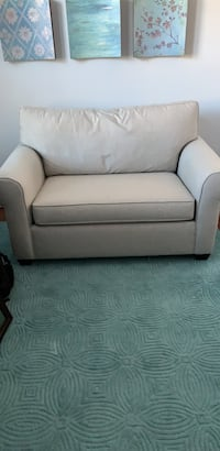 Pull Out Loveseat w/ Twin Mattress, Never Been Used Alexandria, 22307