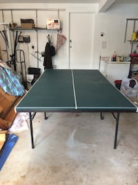 Ping pong table with everything u need comes with the net balls and paddles  Providence, 02909