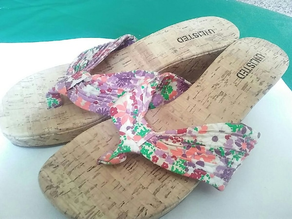 f4f448ddd29 Used Kenneth Cole  Unlisted  Floral Wedge Sandals for sale in Auburn - letgo