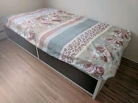 Single bed with drawers and mattress Vancouver, V6G 1P3