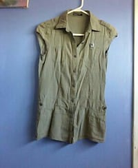 Army green sleeveless button up