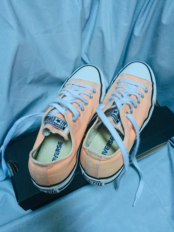 CONVERSE SUMMER COLOR  size 7 2