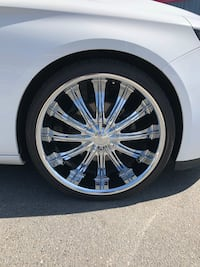 22 inch chrome rims and tires with 1 spare Boston, 02125