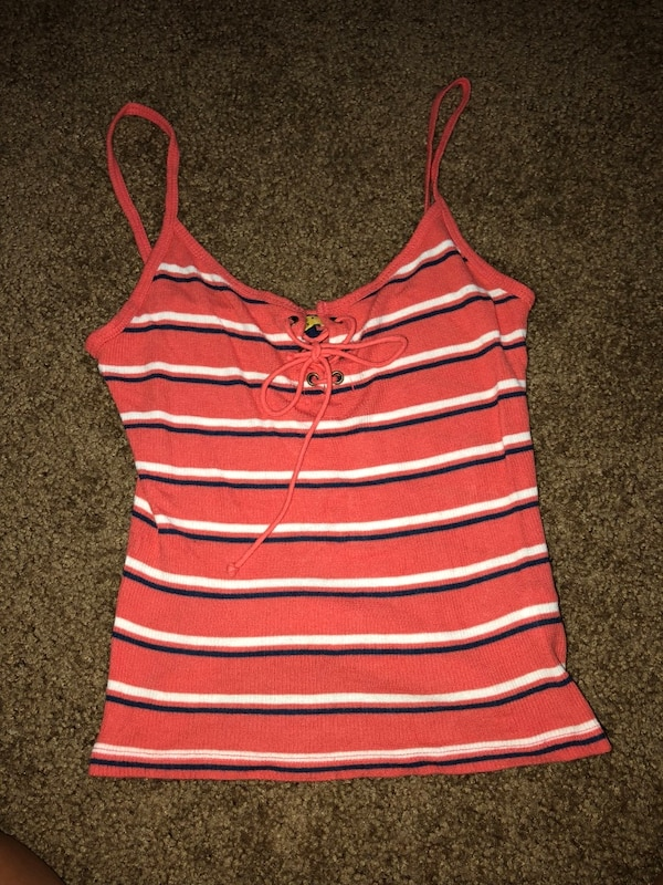 5769e188bb6597 Used women s white and red striped tank top for sale in Suisun City - letgo