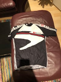 Sugoi cycling jersey size M—Mens Surrey, V4A 8G9