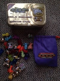 Gogos crazy bones figures game