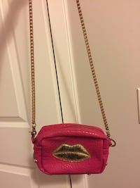 Women's pink and gold sling bag 卡尔加里, T3K 0T8