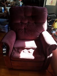 Electric Recliner  Shepherdstown, 25443