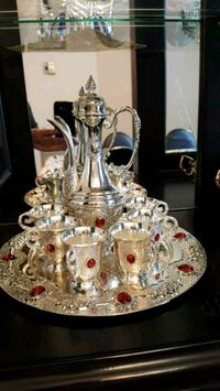 Silver metallic glass decanter with tray Vaughan, L4H 2L3