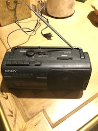 Sony Am/Fm radio with cassette recording works great a/c d/c battery or plug in Farmingdale, 11735