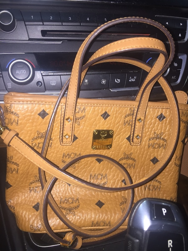 Brown and black leather tote bag McM