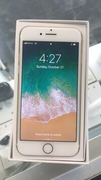 Sprint /boost IPhone 7 brand new  Kenner, 70065