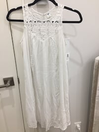 White lace scoop-neck sleeveless mini dress Richmond, V7C