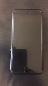 iPhone 7 w/screen protector. 32gb New Haven, 06513