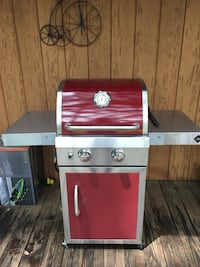 red and gray gas grill Hattiesburg, 39401
