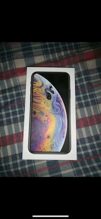 Silver iPhone xs    sends from quebec Regina