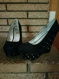 pair of black leather wedge shoes Tulsa, 74128