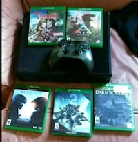 Xbox One console with controller and game cases Tazewell County, 24630