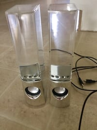 Water speakers in euc Kelowna, V1X 1Y9