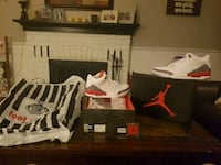 white and black Air Jordan basketball shoes Pickering, L1V 3W5