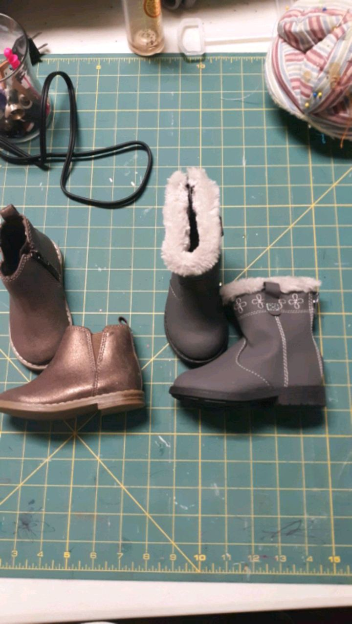 Photo TODDLER GIRL SHOES, SIZE 5
