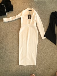 white and gray long-sleeved dress Edmonton, T6W