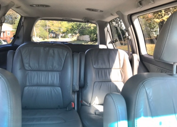 2002 Honda Odyssey' leather Drives great ' reliable 0fa7492d-01d6-4b57-bd22-4a0595883cd1