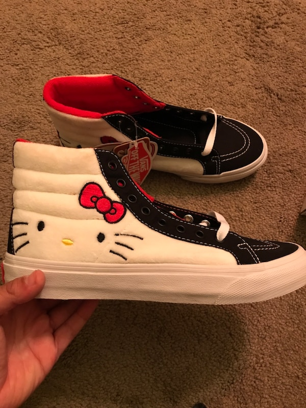 90a5cf49189d Used Hello Kitty Vans for sale in Davis - letgo
