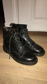 Size 12 Dr Martens Made In England  Toronto, M8Z 2K1