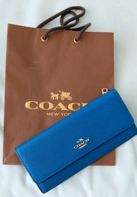BN- Coach Slim Wallet Richmond, V6Y 2B6