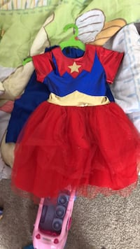Girls size 2t Wonder Woman costume worn for half hour  Edmonton, T6J 6Z7