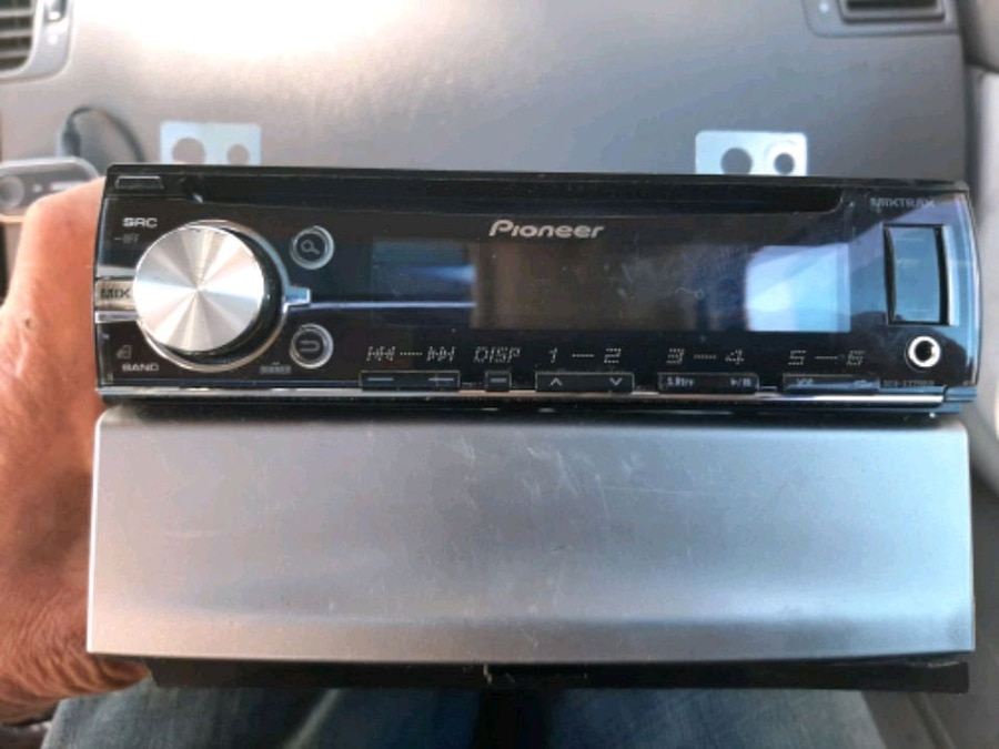 Photo Pioneer Mixtrax and mount double din