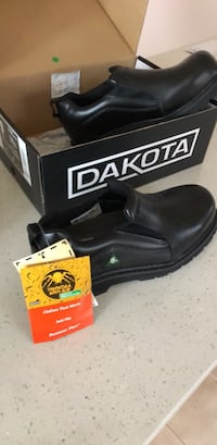 Steel toe safety shoes - anti slip - size 9 Mississauga, L4T 2A3