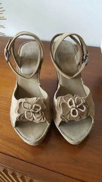 Women's Shoes for sale, wedge heel Chicago, 60654