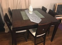 Dining table. Counter height  Richmond Hill, L4E