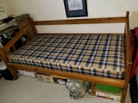 Oak day bed with bunkbed twin mattress  Lorton, 22079
