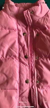 Womans  thick puffer jacket pink size lg Darby, 19023