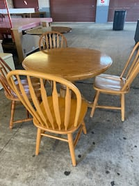 Table and for chairs  Jacksonville, 32223