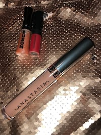 High end lip products Aldergrove, V4W