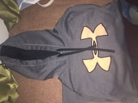 gray and black Under Armour pullover hoodie South Stormont, K0C 1M0