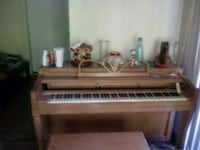 Piano and bench $20 Taneytown, 21787