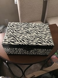 BRAND NEW ZEBRA BOX North Las Vegas
