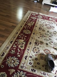 White and red floral area rug size 8x11 Scranton, 18505